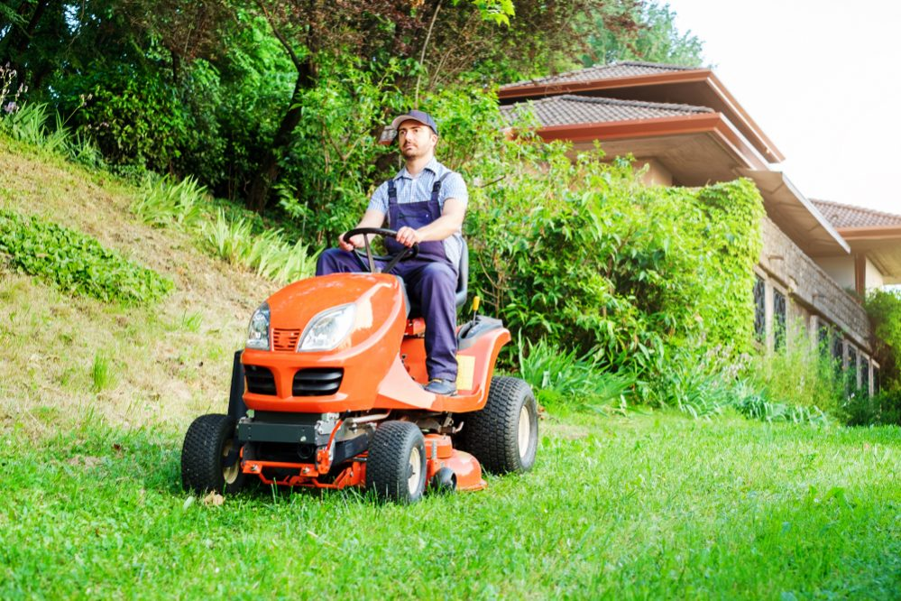 featured image for The Best Riding Lawn Mower for 0.5 Acre